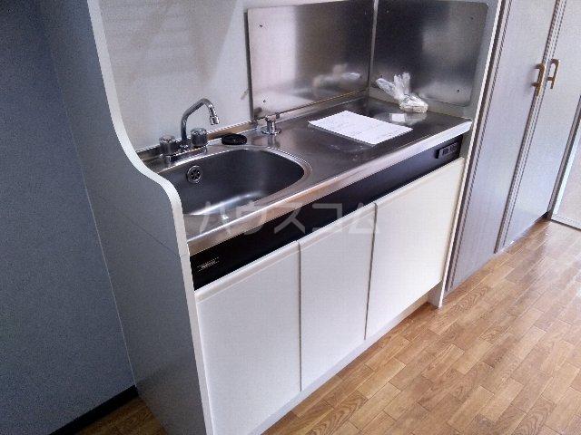 ヴァンテージ本陣 203号室のキッチン