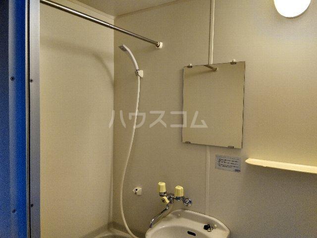 ヴァンテージ本陣 203号室の風呂