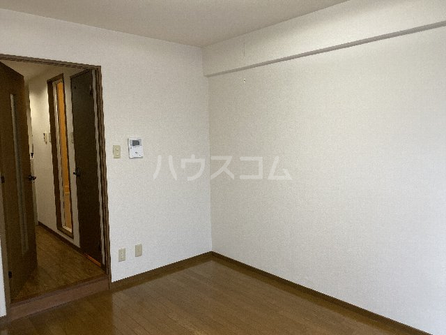 ドルフ亀島Ⅳ 103号室のベッドルーム