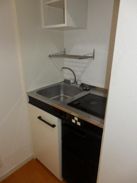 サーフメゾン 201号室のキッチン