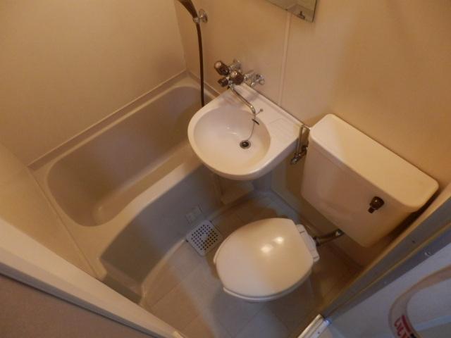 サーフメゾン 201号室の洗面所