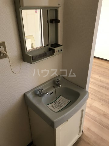 ハイムユアーズⅡ 202号室の洗面所