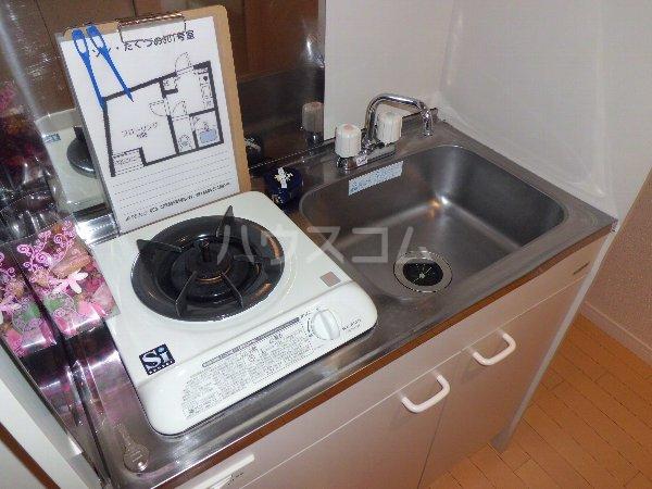 メゾン・たくづの 203号室のキッチン