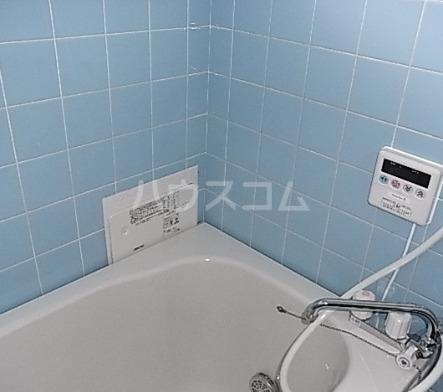 エムステージ金沢八景 303号室の風呂