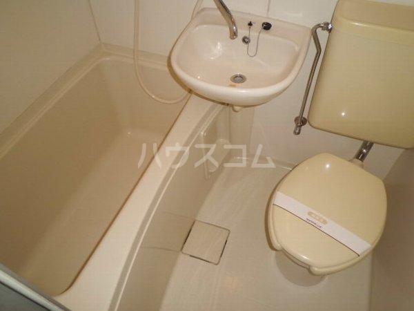 アネックス小泉 102号室の洗面所