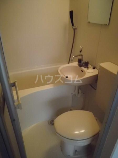 桜コーポ第2 102号室の洗面所
