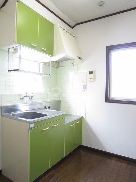 ストークハイツ田口 205号室のキッチン