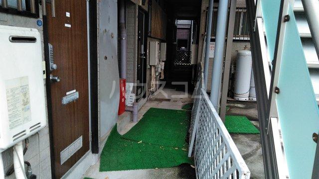 湘南ハイツ 101号室のエントランス
