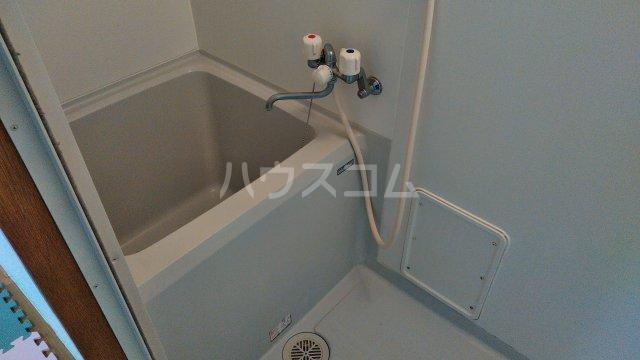 湘南ハイツ 101号室の風呂