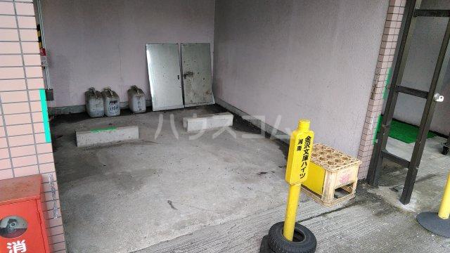 湘南金沢文庫ハイツ 206号室の駐車場