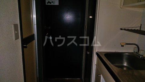 湘南金沢文庫ハイツ 206号室の玄関