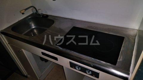 湘南金沢文庫ハイツ 403号室のキッチン
