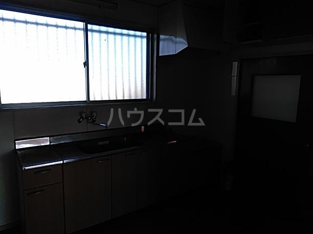 西川ビル 703号室のキッチン