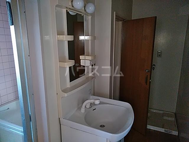 西川ビル 703号室の洗面所