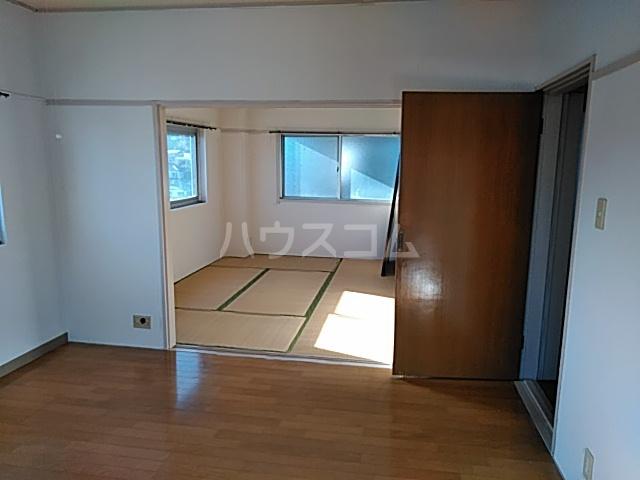 西川ビル 703号室のベッドルーム