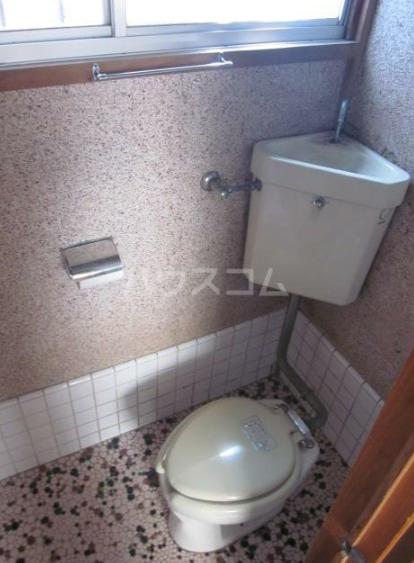 コーポランド大谷貸家のトイレ