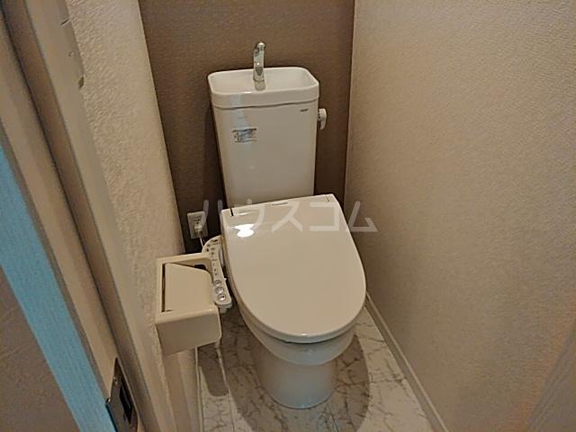 ユナイト根岸ジェームスワット 105号室のトイレ
