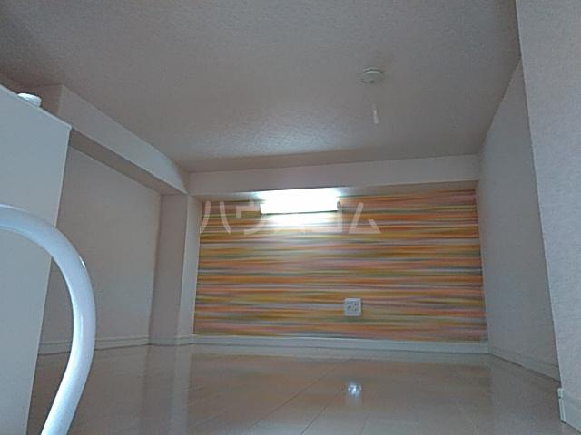 ユナイト根岸ジェームスワット 105号室のベッドルーム