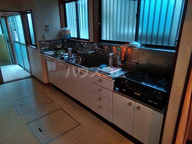 柴町古民家のキッチン