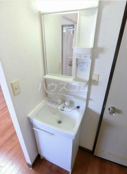 サニーセゾン東永谷A棟 203号室の洗面所