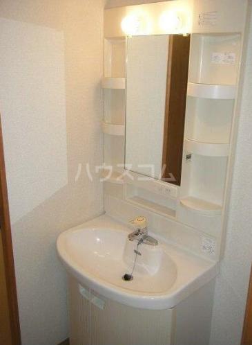 キュービックフォレスト 104号室の洗面所