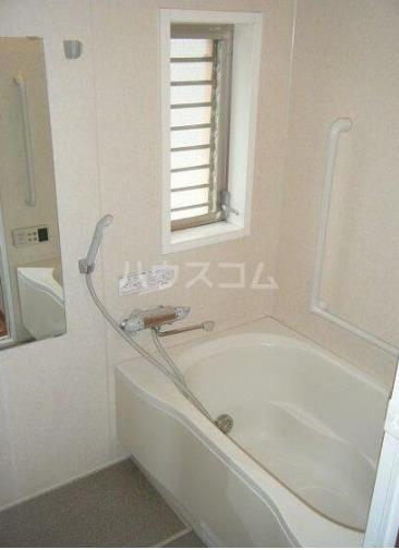 キュービックフォレスト 104号室の風呂