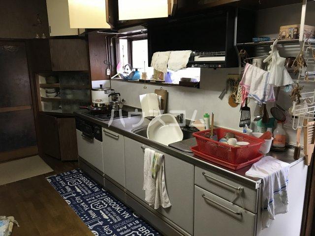 相澤戸建のキッチン