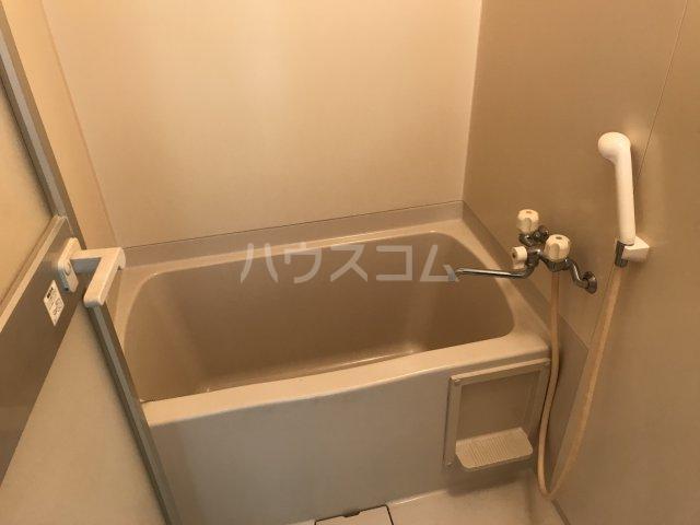 ツインビラ 202号室の風呂