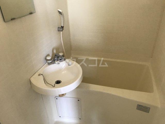 ツインビラ 301号室の風呂