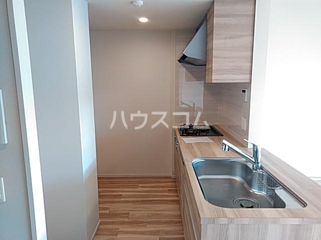ルネ追浜Ⅲ 602号室のキッチン