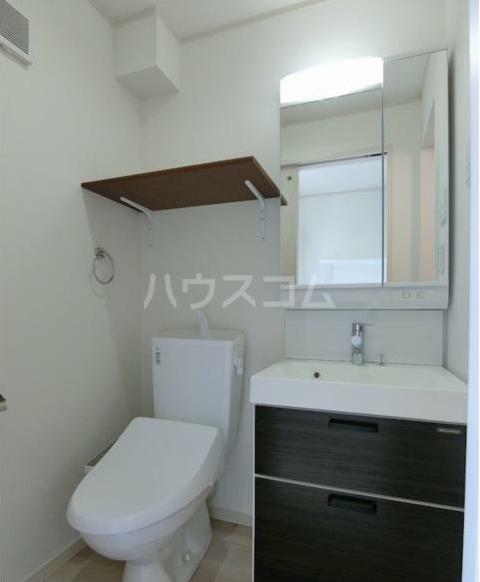 ハーミットクラブハウス大船ⅢB棟(仮) 203号室の洗面所