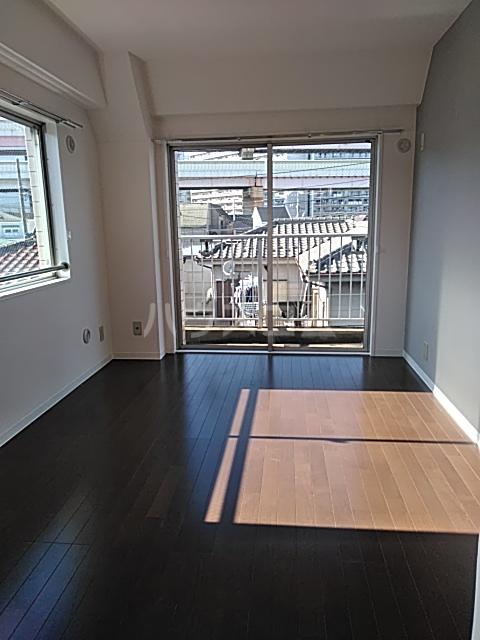 グランベールヨシダ 306号室のベッドルーム