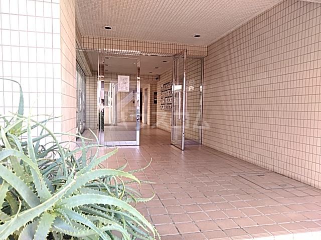 グランベールヨシダ 306号室のエントランス