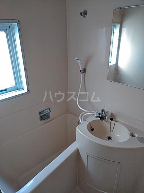 綾瀬桜マンション 202号室の風呂