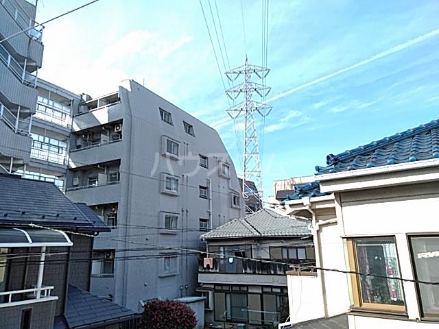 綾瀬桜マンション 202号室の景色
