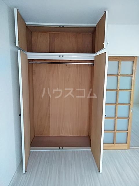 ラバーゼ東綾瀬 304号室の収納
