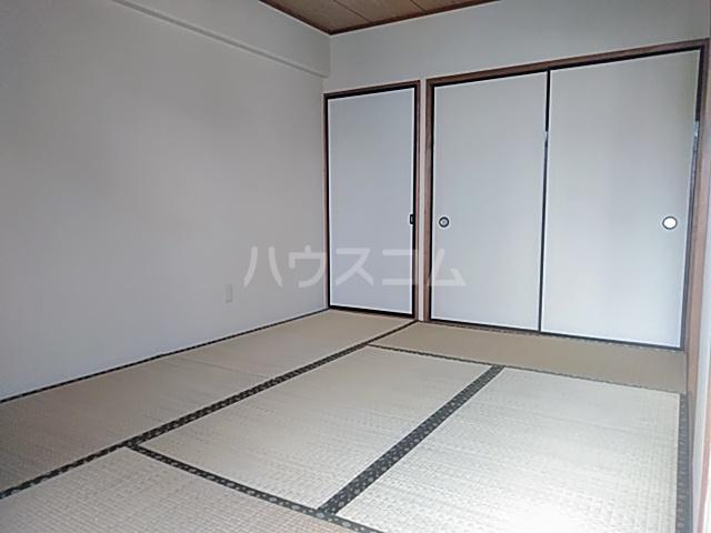 サンライトA・F 203号室の収納