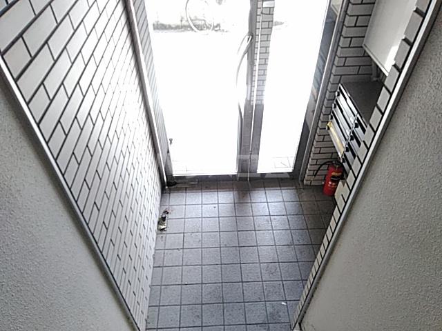 ベクヴェーム北綾瀬Ⅱ 202号室のロビー