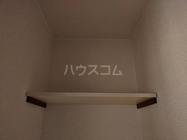 ベクヴェーム北綾瀬Ⅱ 202号室の収納