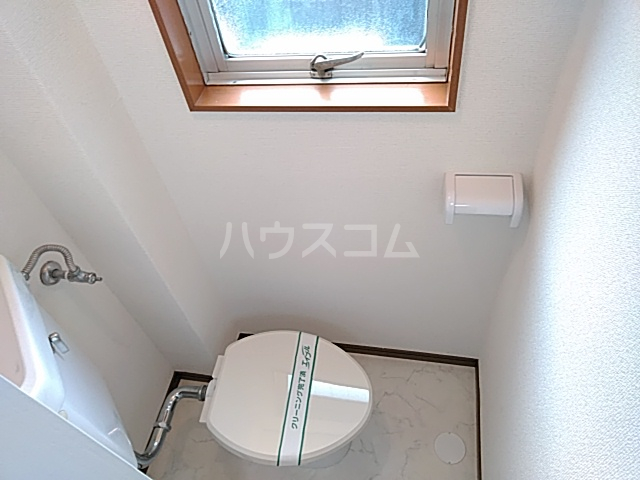 ホームズ村井 101号室のトイレ
