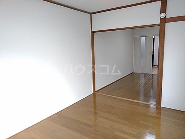 ホームズ村井 101号室の居室