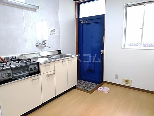 ホームズ村井 101号室のキッチン
