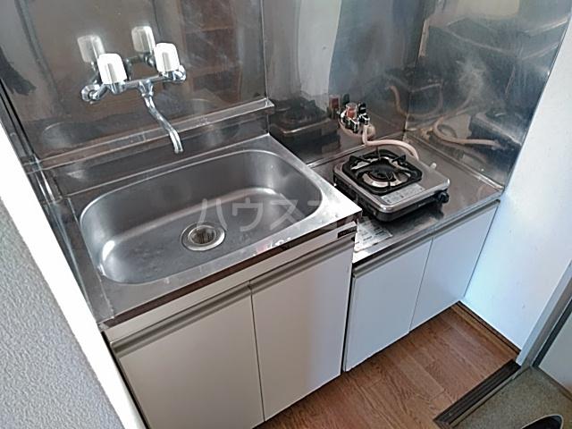 カーザ泉 201号室のキッチン