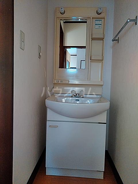 コーポ北嶋 205号室の洗面所