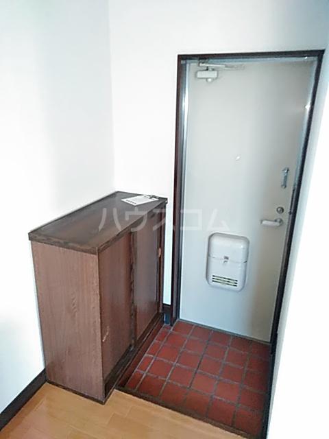 コーポ北嶋 205号室の玄関