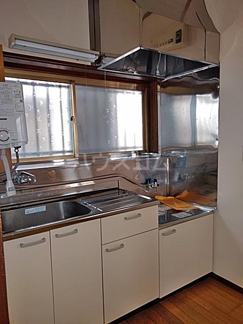 東和貸家のキッチン