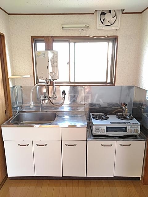田村ルビーハイム 302号室のキッチン