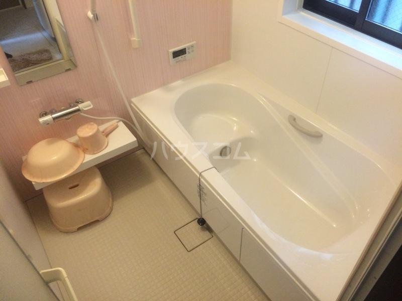 もみの気ハウス 205号室の風呂