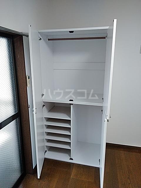 コンフォートアヤセ 202号室の収納