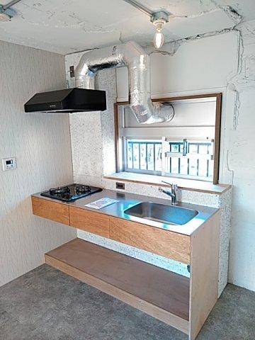 いろどりの杜 104号室のキッチン